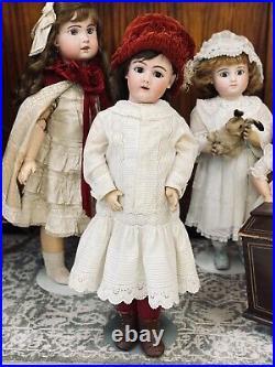 33 Handwerck 109 Antique German Bisque Doll'Greta' Dressed Beautifully c. 1900