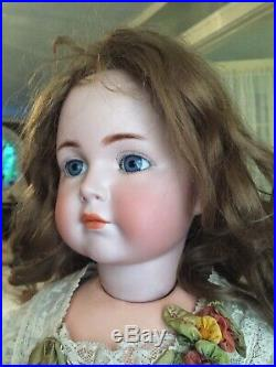ANTIQUE Mein Liebling Bisque 26 117 closed mouth K&R doll With RARE TODDLER BODY