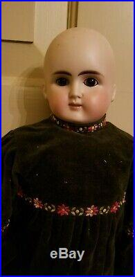 Antique Alt Beck Gottschalk ABG 1123 German Doll Bisque Turned SHOULDER HEAD 22