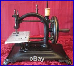Antique Vtg 1800's Cast Iron Table Top Hand Crank Sewing Machine German Works EX