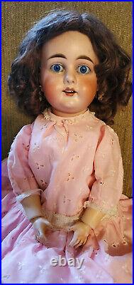 Beautiful 19 Antique German Gebruder Kuhnlenz Doll Mold #44-29
