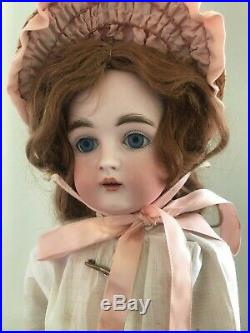 Beautiful 19 a/o Antique Kestner 167-original Plaster Pate & Wig-Shoes & Hose