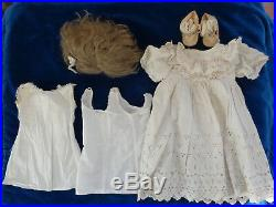 Beautiful antique doll Simon & Halbig antique clothes and shoes