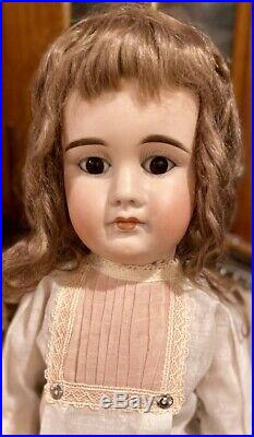 C1890 23 Antique German Hard to Find 630 Closed Mouth ABG Doll Perfect