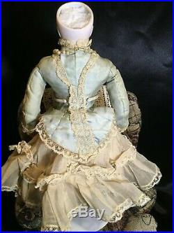 Exquisite 14 French Fashion Bisque Swivel Head Doll All Original Provenance