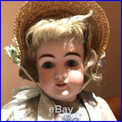 Kestner 146 Antique doll letter series M 16 30