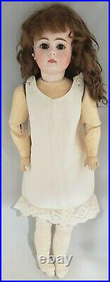 RARE early 17 inch Closed-Mouth Bahr & Proschild 225 Antique Doll