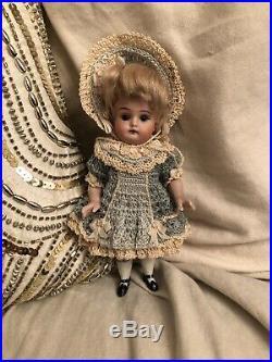 Rare All Bisque Kestner 153 Mignonette Doll French Market Wrestler Type Body