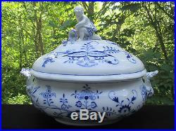 TUREEN vtg blue onion meissen boy figurine white soup antique german porcelain
