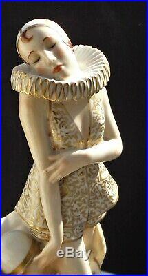 VINTAGE ART DECO GERMAN SCHWARZBURGER, 14 FIGURE PIERROT W. SCHWARTZKOPFF. 1920s