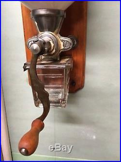 Vintage German Antique Leinbrock Ideal Koffie Wall-Mounted Coffee Grinder